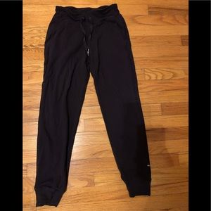 Lululemon jogger pants, size 4, black